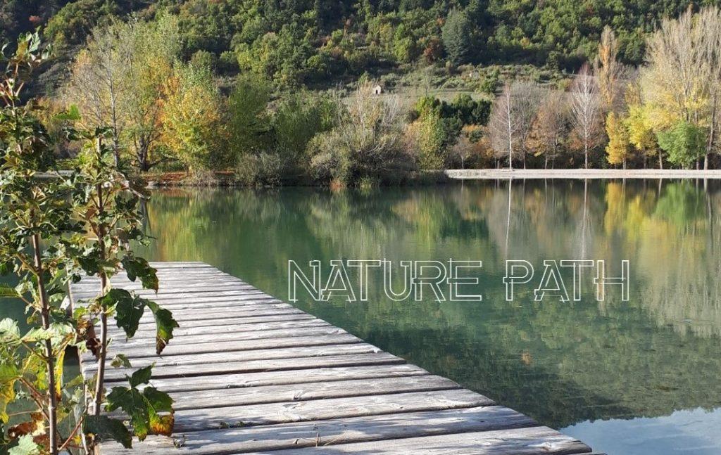 Naturopathie : Nature Path.